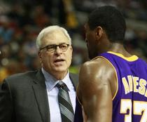 Phil Jackson, 534 victorii la LA Lakers