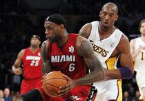 James (Miami) vs Bryant (Lakers)
