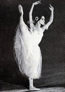 "Magdalena Popa in ""Giselle"""