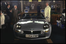 "BMW Z8, model folosit in filmul ""The world is not eno"