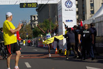 Poza finish Maratonul International Bucuresti 2013