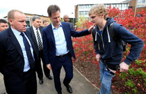Moment stanjenitor in care a fost implicat Nick Clegg