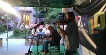 When Violin Meets Guitar in gradina Trollo Pub