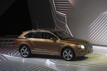 Bentley Bentayga la IAA 2015