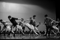 Theme and Variations - repetitii: foto: Cristian Lzrescu