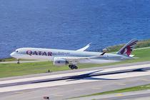 Avion Qatar Airways
