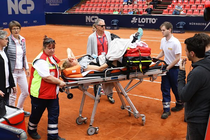 Laura Siegemund s-a accidentat grav la genunchi