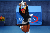 Serena Williams, cu trofeul de la US Open