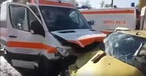 Accident cu o ambulanta