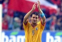Cristi Chivu, pe vremea cand evolua pentru Romania