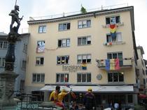 Galerie foto: Orasul Zurich invadat de romani
