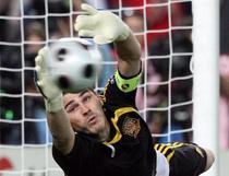 Casillas, portarul anului 2009