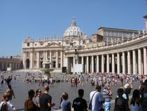 FOTOGALERIE: Roma, luata cu asalt de turisti