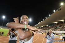 Va ridica Bolt stacheta si la 200 m plat?