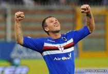 """Cassano, """"scapat"""" printre degete de Fiorentina"""