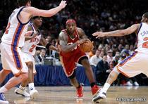 LeBron James , cel mai votat baschetbalist