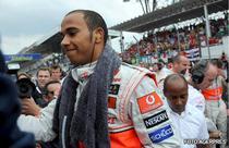 Lewis Hamilton, cel mai rapid in antrenamentele 1