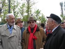 Galerie foto: Ion Iliescu, Razvan Teodorescu si Sergiu Nicolaescu in cautarea electoratului
