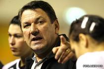 Radu Voina, selectionerul nationalei de handbal feminin