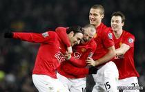 Berbatov aduce trei puncte lui United