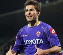 Mutu inscrie golul 101 pentru Fiorentina.