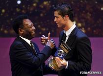 Pele l-a premiat pe Cristiano Ronaldo.