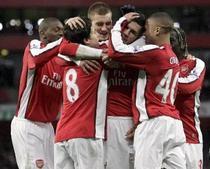 Arsenal vrea sa dea lovitura pe Emirates