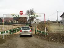 Podul din comuna Marginea
