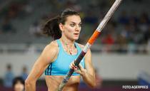 Elena Isinbaieva, medaliata cu aur la JO de la Beijing