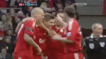 Gerrard se bucura dupa ce a marcat pentru 4-0