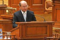 Basescu in fata Parlamentului