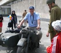 Al Doilea Război Mondial, retrăit pe motocicletă