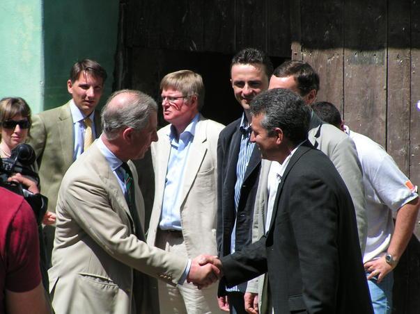 Printul Charles si primarul comunei Saschiz, Ovidiu Soaiata