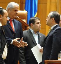 Guvernul Boc cumpără presa după reţeta Năstase