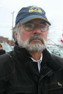 Profesorul Duncan McDougall