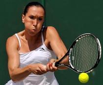 Jankovic, invinsa de o pustoaica la Wimbledon