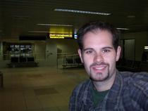 David pe aeroportul Otopeni