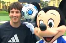 Messi a jucat fotbal cu Mickey Mouse