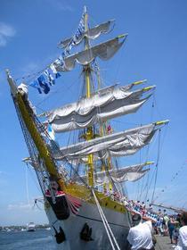 Bricul Mircea, in portul Boston