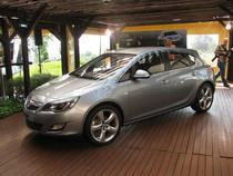 FOTOGALERIE: Noua generatie Opel Astra