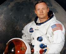 Neil Armstrong, comandantul misiunii