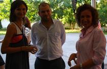 Marta Nayos, Alexandru Mihail si o alta colega