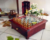 Produse din lemn realizate la Atelierele Cocolos