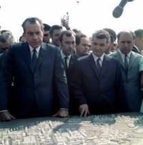 Ceausescu vedea in Nixon un zarzavagiu