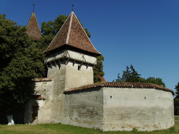 Biserica fortificata din Cincşor