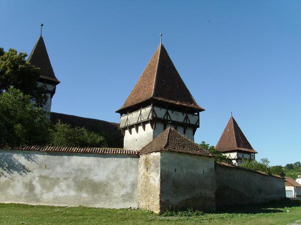 Biserica fortificata din Cincşor - alt unghi