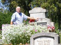 La cimitirul sasilor