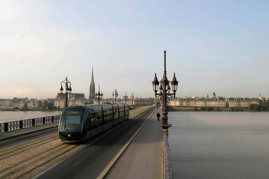 Tramvaiul din Bordeaux