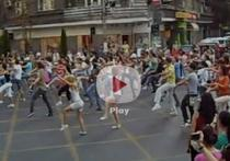 Flash mob la Romana