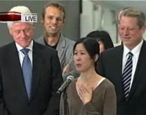 Jurnalistele arestate in Phenian au ajuns in SUA